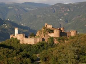Immagine castel firmiano